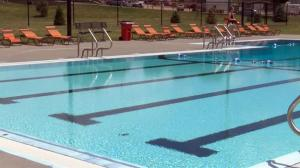 sioux-falls-swimming-pool_211552520621