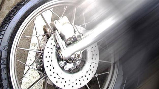 motorcycle-crash4a0aade206ca6cf291ebff0000dce829_451747520621