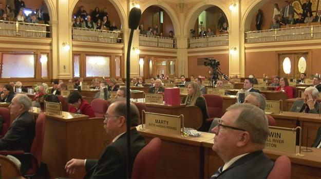 south-dakota-capitol-state-lawmakers-pierre-capitol-state-capitol-teacher-pay-education-funding_221245530621