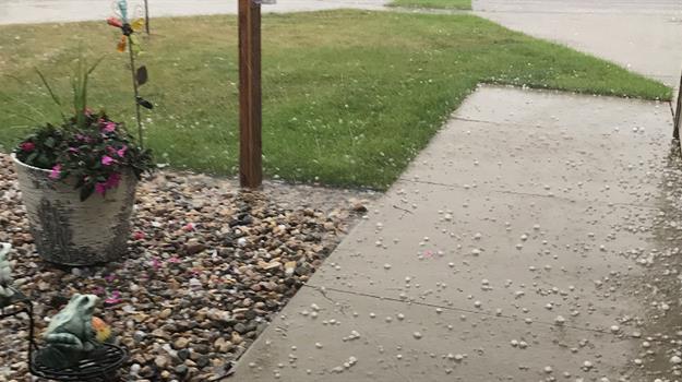 hail-thunderstorm-south-dakota_531457540621