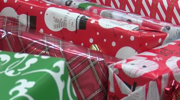 christmas-gifts-christmas-wrapping_684692530621