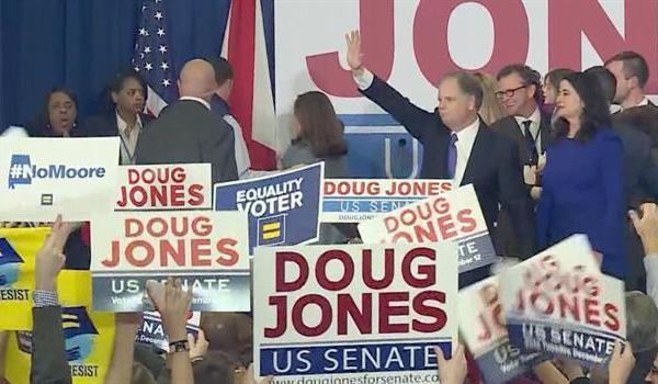doug-jones-roy-moore-alabama-special-election_362538540621