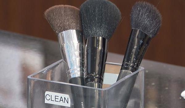 makeup-brushes_145337540621