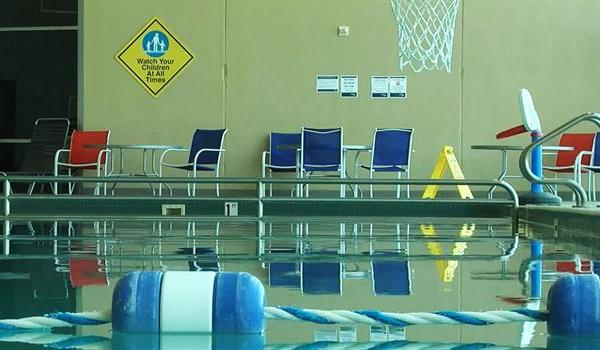 swimming-pool_353345550621