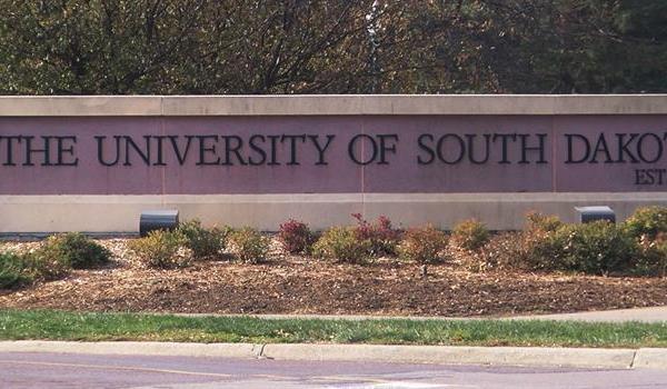university-of-south-dakota808a07e506ca6cf291ebff0000dce829_371053550621