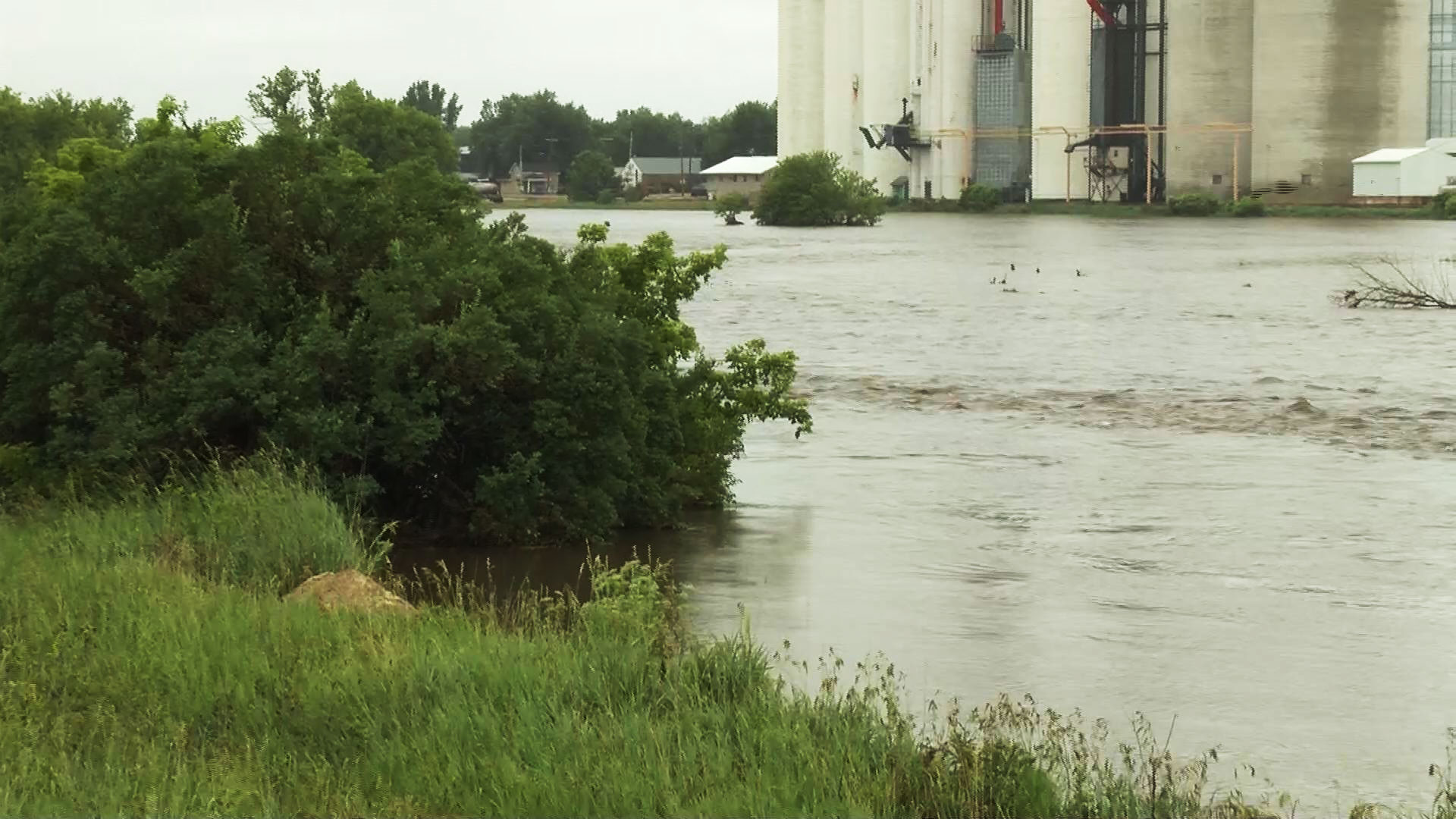 KELO Ashton Iowa Flooding