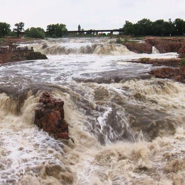 KELO Falls Park Flooding