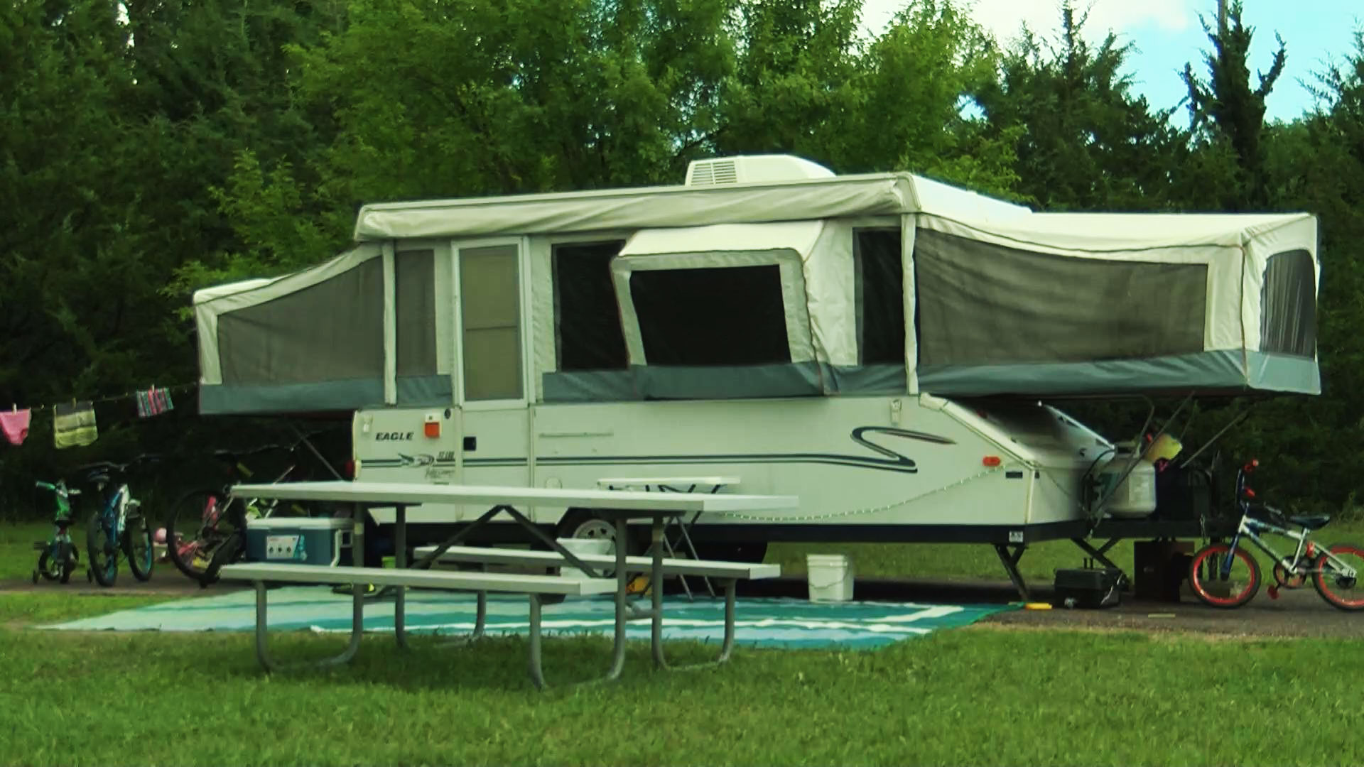 KELO camping camp