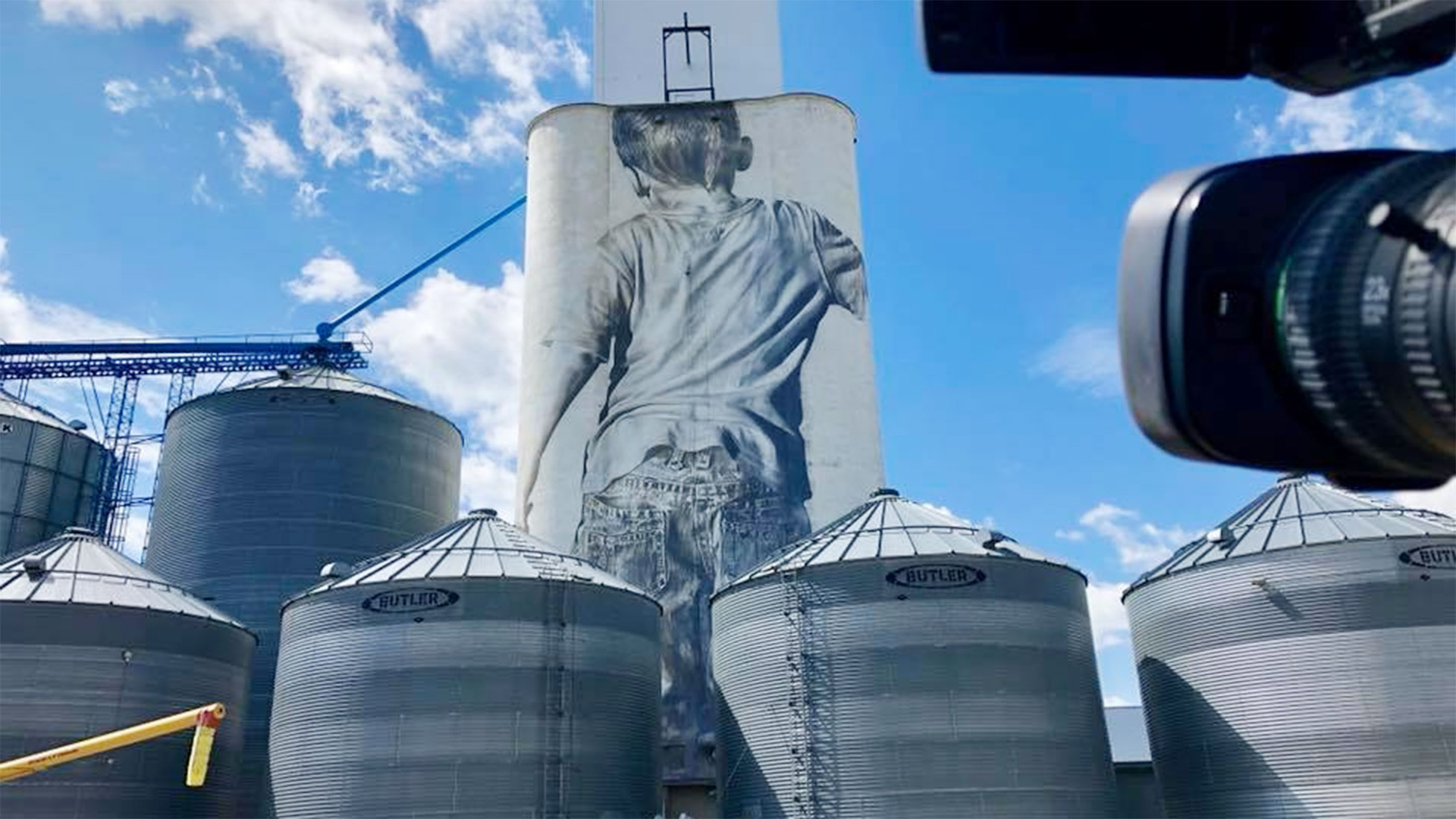 KELO Faulkton art grain bin elevator