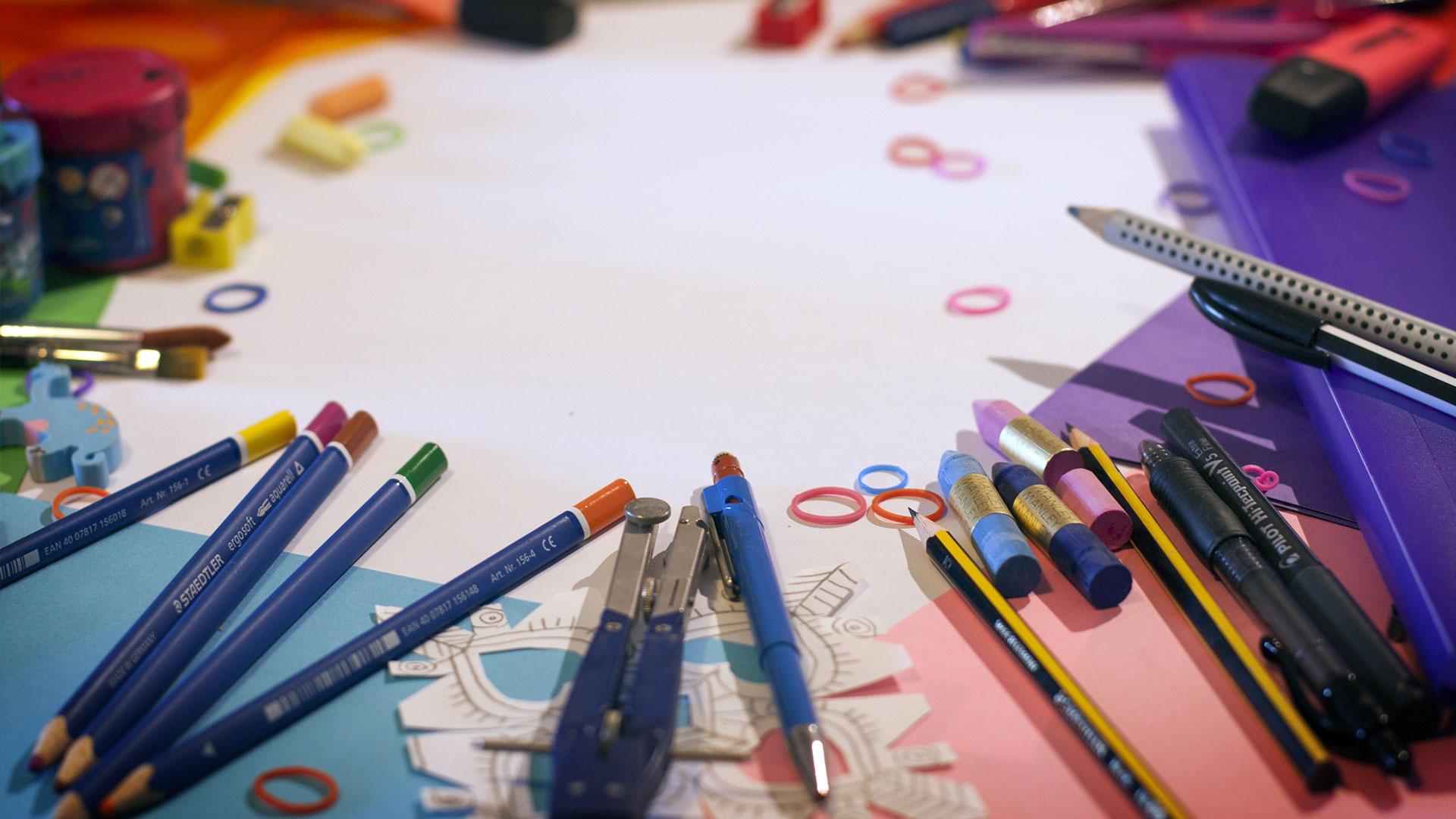 KELO school supplies colored pencils