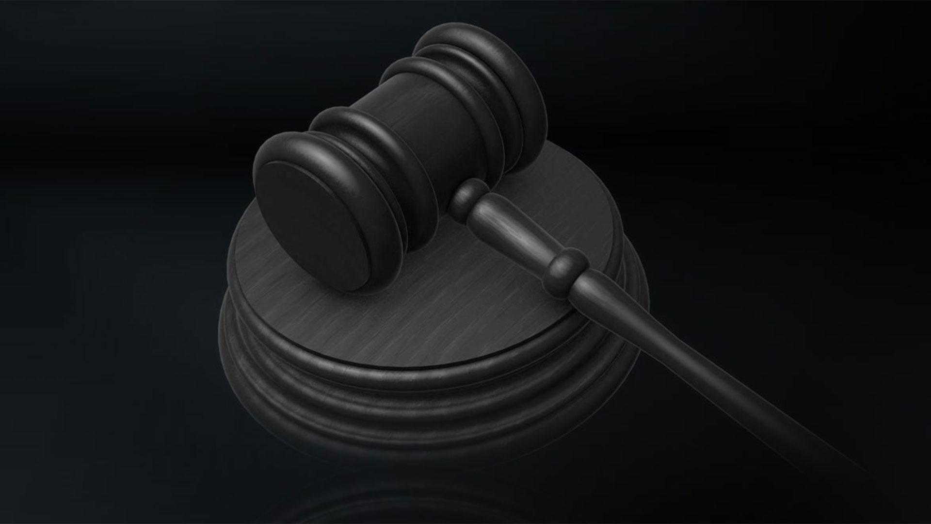KELO gavel court law