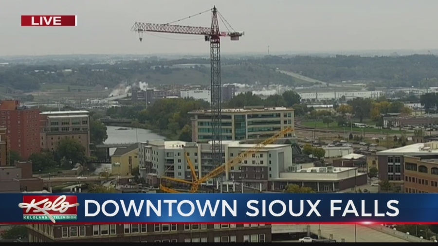 Crane Starts Work On One Of The Tallest Buildings In South Dakota