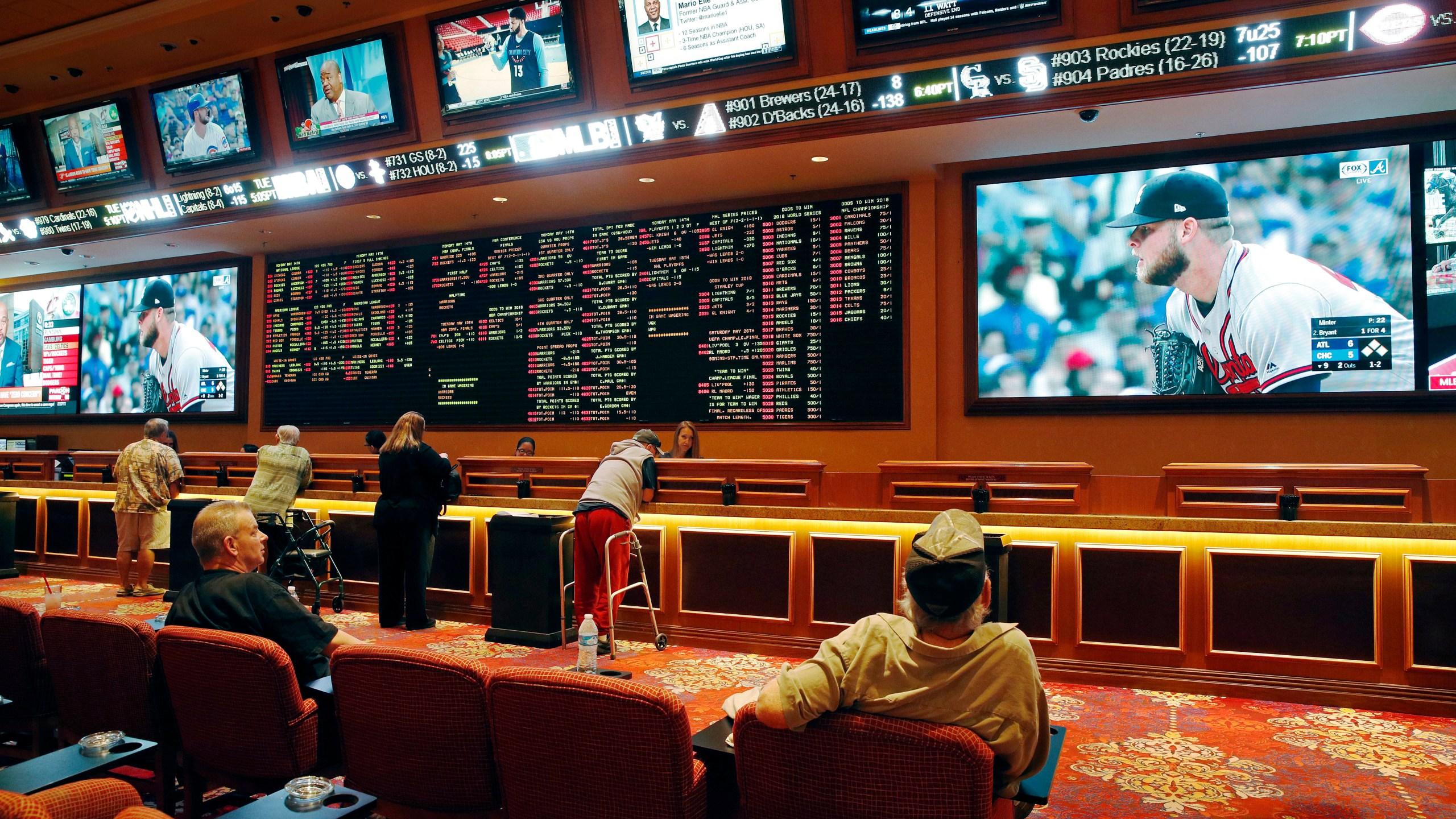 Sports_Betting_07605-159532.jpg89331353