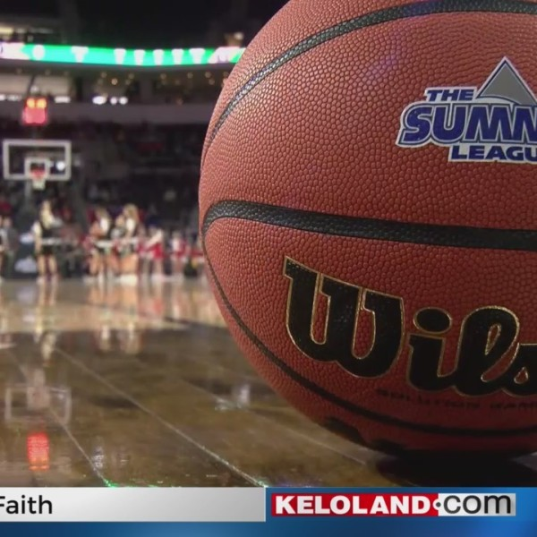 WBK: USD Knocks Off UND To Advance To Summit Finals