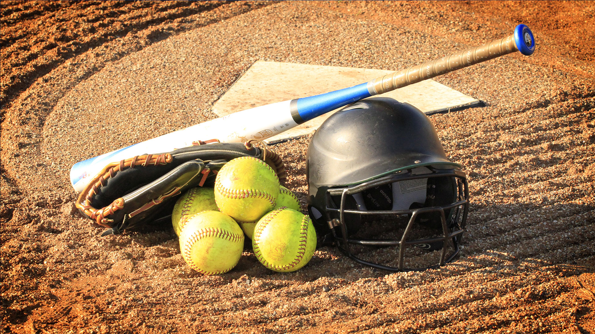 KELO-sports-generic-softball_1529437990557.jpg