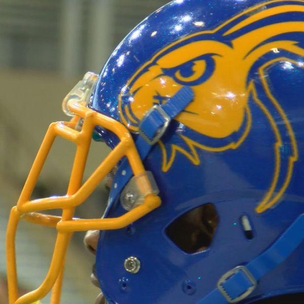 SDSU Football Helmet_1554242363496.jpg