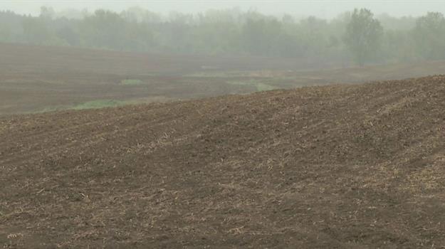 farm-field-farming-planting-spring-weather-soil-rain-wet-spring_596447520621
