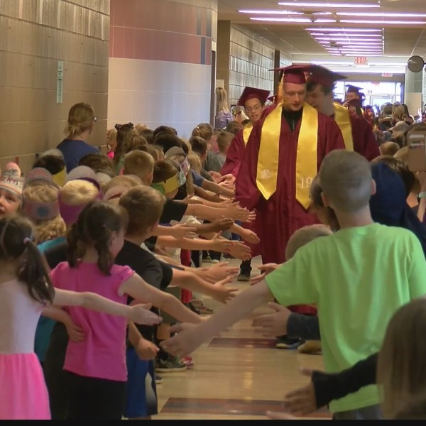 Former Pettigrew Elementary students return to school