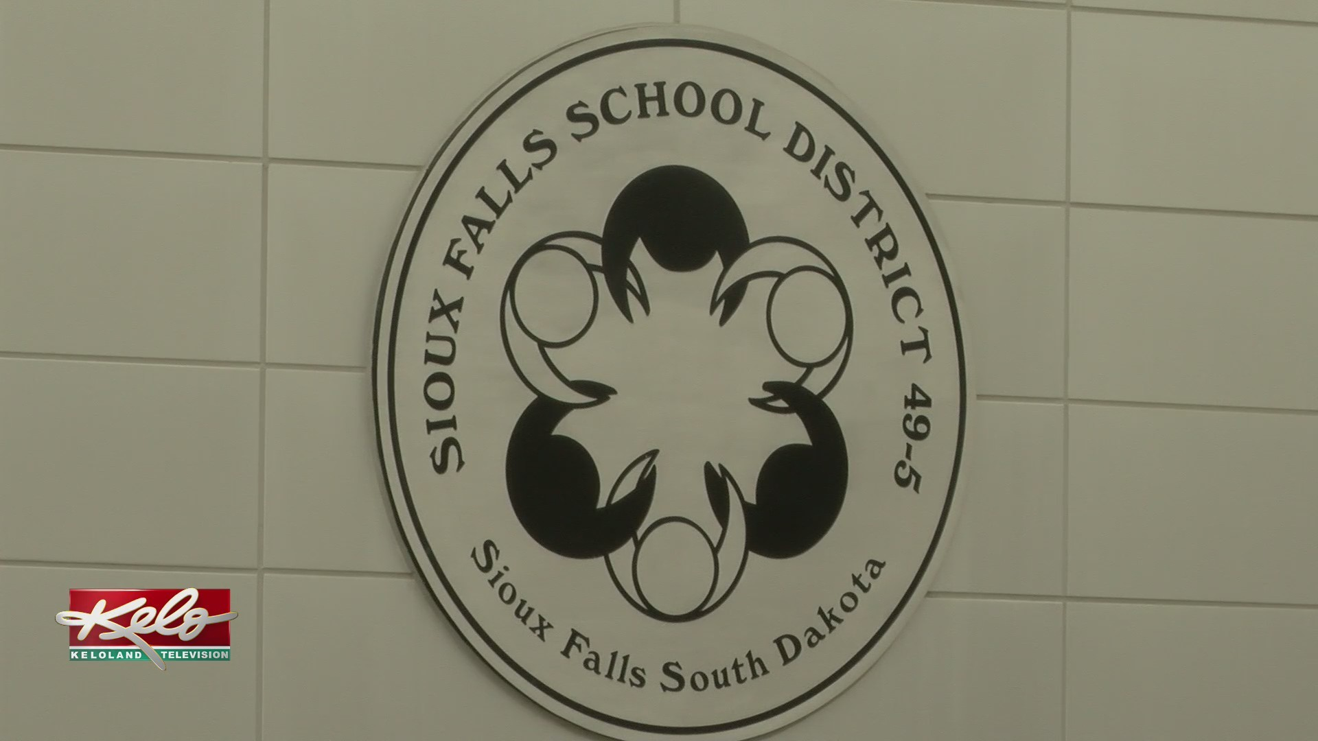 Sioux_Falls_School_District_Looks_At_Bud_0_20190403230740