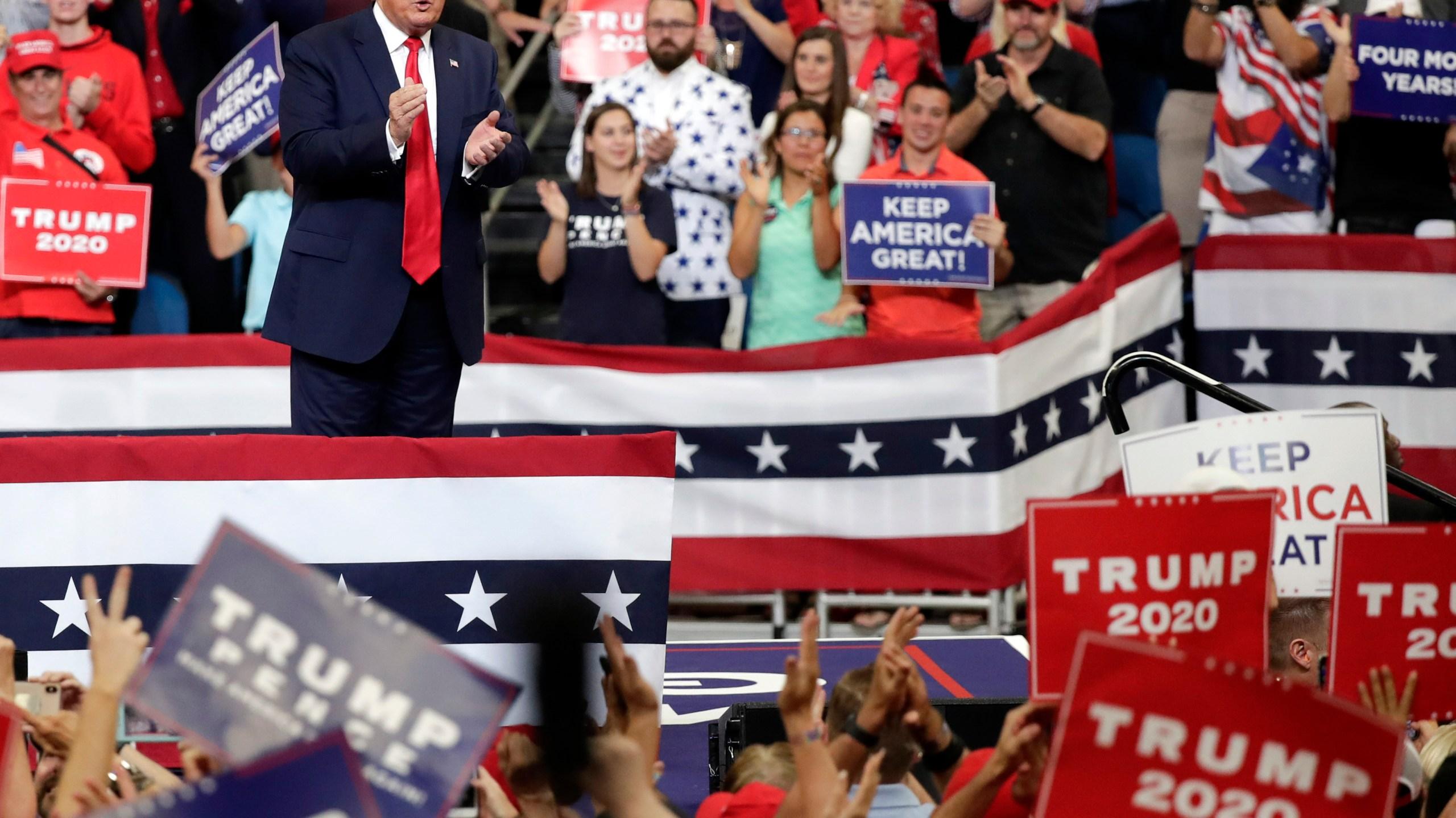 Election_2020_Trump_29769-159532.jpg42421353