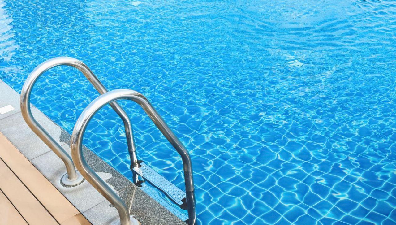 Swimmnig pool jpg?w=1280.